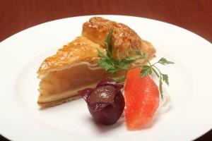 【デザート】ケーキ1アップルパイ横